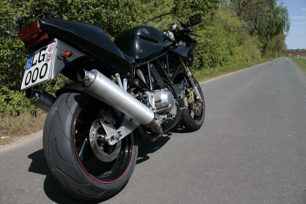 Ducati 900 Supersport